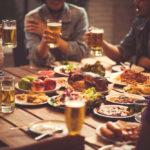 Comer con cerveza, una tendencia que tiene sus secretos