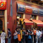 La app que promete terminar con lo peor de salir a comer: las colas en los restaurantes