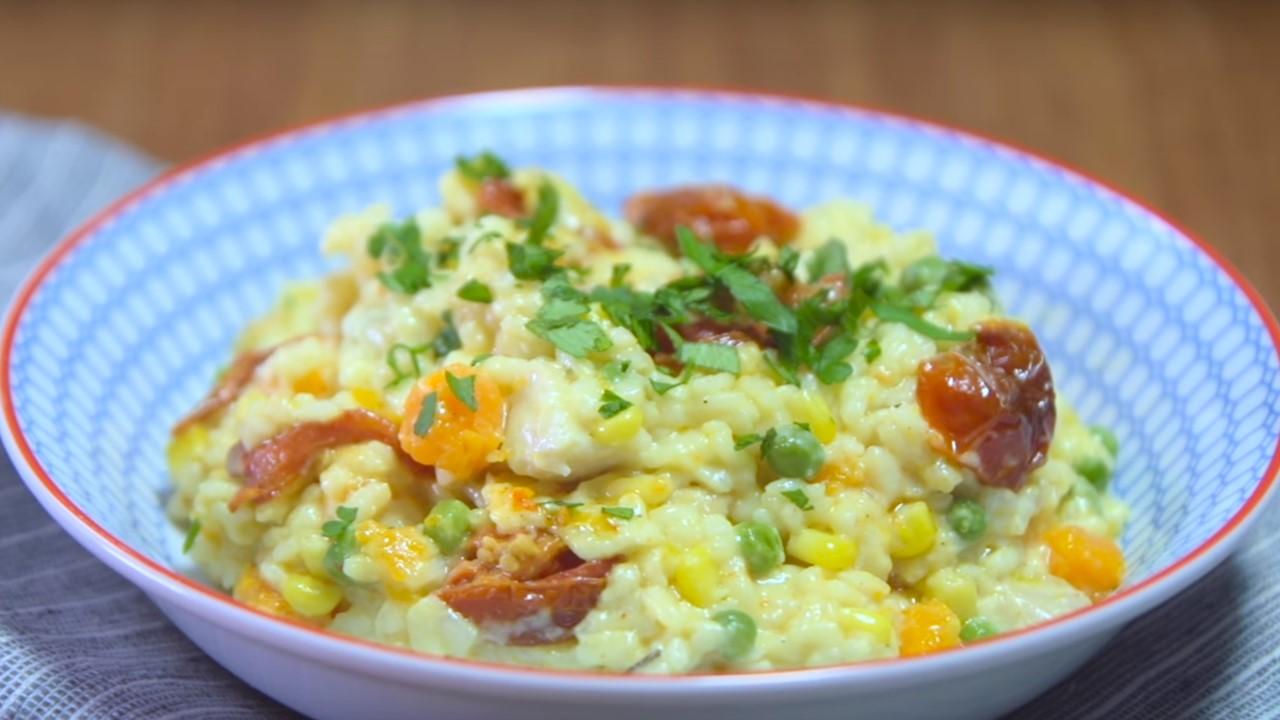 Risotto de pollo y vegetales cucinare for Cucinare risotto