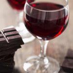 Chocolate y vino, la dieta para tener la piel perfecta