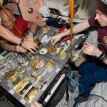 Comer en el espacio: así es la dieta de un astronauta