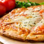 Tomate y queso en la pizza, algo que no siempre estuvo allí