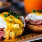 Huevos benedict, un plato con historia