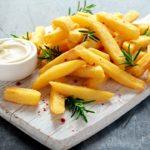 """""""Papas fritas Lista de Schindler"""", el polémico plato de un restaurant australiano"""