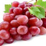Ciruelas y uvas, los otros productos del verano