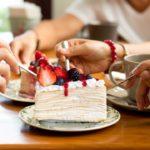 Elegir el postre antes que la comida podría ser saludable para vos