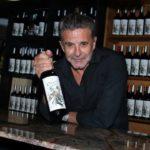 El vino de Osvaldo Laport, otro famoso que se lanza al mundo de las bodegas