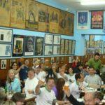 El Cuartito, la pizzería que se convirtió en museo del deporte y lugar de peregrinación turística