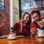 La insólita promoción que creó un restaurant para usuarios de celulares