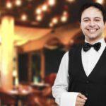 Un ex mozo te da 5 consejos para que te atiendan mejor cuando vas a comer a un restaurant