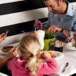 Niños en el restaurant: detalles de una polémica interminable