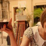 Se buscan influencers para promocionar un vino: hay 10 mil dólares de premio y un viaje a Francia