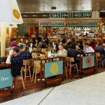Por qué la comida de los aeropuertos es tan cara