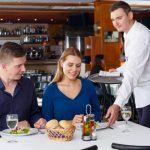 Las 10 reglas del manual del buen cliente o cómo comportarse en un restaurant