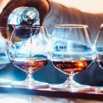 Coñac, el modesto vino blanco que se convirtió en una sofisticada bebida