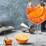 Historia del spritz, el aperitivo italiano que nunca pasó de moda