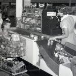 """Supermercados: así nació el """"sírvase usted mismo"""""""