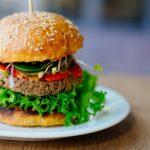 La comida vegetariana que simula ser carne gana un juicio para que la dejen llamarse así