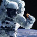 El equipo de astronautas que cocinó cookies en el espacio y no se las comió