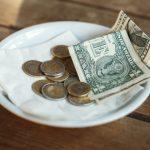 Insólito: la cuenta del restaurant les costó 23 dólares, pero dejaron 2.020 dólares de propina