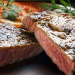 Bife femenino: un restaurant británico fue acusado de machista por ofrecer distintos tamaños de carne