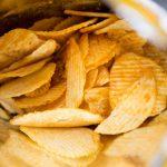 Papas fritas de bolsa: así nació el snack salado más popular