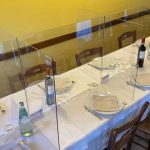 Paneles divisores de acrílico, una de las alternativas para reabrir restaurants