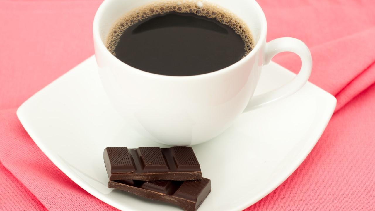 Café y chocolate: la ciencia confirma por qué se trata de un maridaje  indestructible - Cucinare