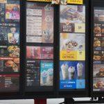 Enterate por qué las cadenas de comidas rápidas están reduciendo sus menús