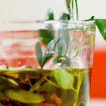 Caña con ruda: cómo se prepara la bebida que forma parte de un ritual