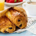 Pan de chocolate, la factura que nació como un sándwich escolar y ahora es un clásico de la pastería francesa