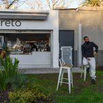 Mesas y sillas en la vereda: los clientes regresaron a bares y restaurants en San Isidro