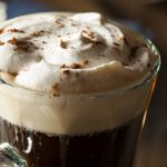Café irlandés: cuál es y cómo se prepara el auténtico irish coffee
