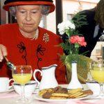 El exchef de la reina de Inglaterra reveló que Isabel II jamás probó una pizza