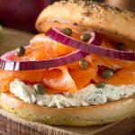 Bagel de salmón: un restaurant de Palermo recibió muchas críticas por negarse a agregar un ingrediente al plato