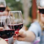 Vino sin alcohol, una solución posible a la caída del consumo local de una bebida en crisis
