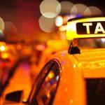 Viajaba en taxi y pensó que la iban a secuestrar cuando el chofer pronunció una frase gastronómica