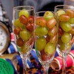 Doce uvas a la medianoche, la particular costumbre que se sigue respetando para recibir al Año Nuevo