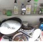 Lavar los platos, la tarea que muchos detestan pero que puede ser mucho más fácil si seguís estos tips