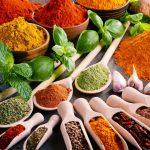Descubren una combinación de especias que puede reducir los efectos de las comidas altas en grasas