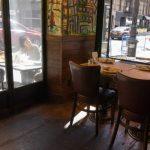 Nueva York prohíbe comer en el interior de los restaurants por la pandemia
