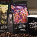 Café solidario, la otra pasión del legendario guitarrista Carlos Santana