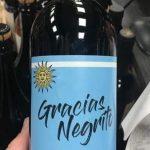 Gracias, Negrito, la frase de Edinson Cavani ya tiene su vino propio