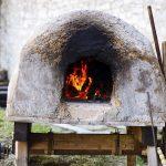 Elogio del horno de barro: historia, tips y todo lo que hay que saber de un gran amigo de la cocina
