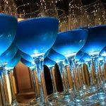 Vino azul: la tendencia que nació en Europa comienza a desarrollarse en Sudamérica