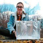 Cocina de cartón: el ingenioso invento de una estudiante universitaria para ayudar a familias carenciadas