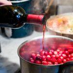 Tips para elegir el vino indicado para cocinar carnes y salsas