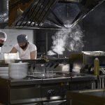 Cocinas fantasma: virtudes y defectos del modelo de negocio que puede salvar a la gastronomía
