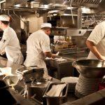 Crisis gastronómica: ampliaron la ayuda a restaurants, bares y hoteles