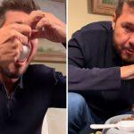 """Marcelo Tinelli perdió una apuesta y tuvo que probar comida para perros: """"Me da arcadas el olor"""""""